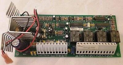 DSC Security System-PC4204CX MAXSYS Power Supply//Relay Output//Combus Repeater