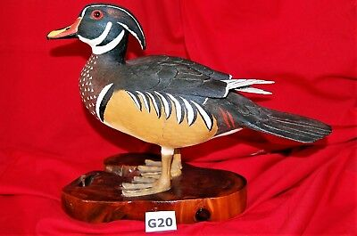 "Hand-carved Sculpture ""Wood Duck"" by Renowned Decoy Carver Thomas Hunter lotG20"