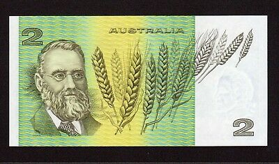 $2 - 1985 Australian Paper Banknote Two Dollar UNC General Prefixes LKJ 802 673