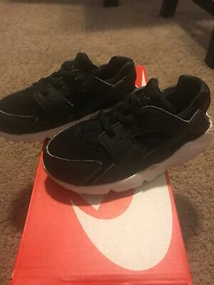 Nike Huarache Run girls Sneaker Size 10C