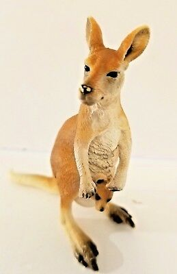 Schleich  Red Kangaroo and Little Joey Wild Life Series VGUC