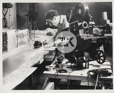 CAMERAMAN Camera STOP MOTION ANIMATION Special Effect Car Voiture Photo 1940/50s