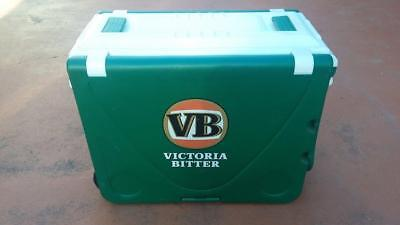 Victoria Bitter Esky + Table.man cave,car,collector,rare,outdoor,workshop,tools