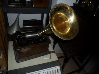 A 2&4 minute geared  Edison Stanard cylinder phonograph with brass horn