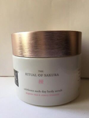Rituals The Ritual of Sakura Körperpeeling, 375 g Body scrub