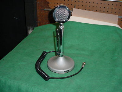 Astatic Corp. D-104 Microphone W / T Ug8 Stand