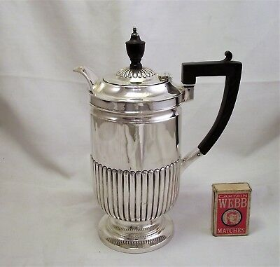 Solid Sterling Silver Hot Water Jug / Chocolate Pot - Sheffield 1903 - Lion Head