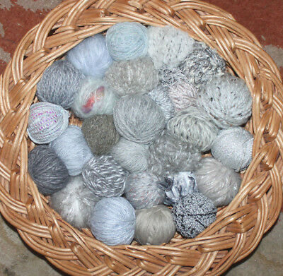 401g Job Lot Mixed Wool/Yarn 30 Balls/texture Light Greys & Smoke