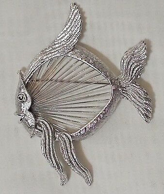 Vtg MONET Pin Brooch Silver Tone Round Tropical Wavey Curvey Fish Happy Smiling