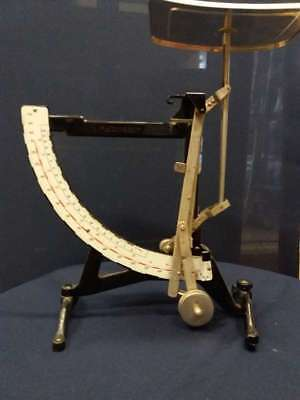 Postage scale antique Libra