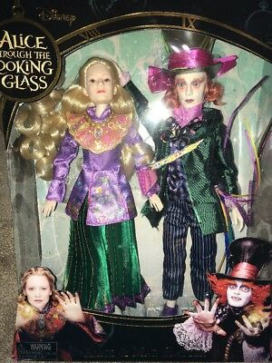 Disney Alice Through the Looking Glass - Alice and Mad Hatter Dolls