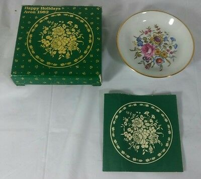 Avon 1982 Royal Worcester Bournemouth Fine Porcelain Happy Holidays Plate NIB