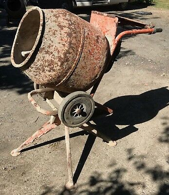 Belle Minimix 240v 150 Cement Mixer - good working condition