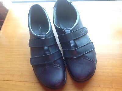 Hotter shoe size 51/2 navy and purple leather