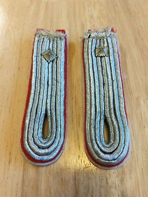 WW2 German Artillery  Officers Rank Insignia Shoulder Board W/Pips, matching set