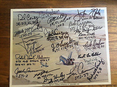 Space Shuttle Nasa 22 Signed Astronauts