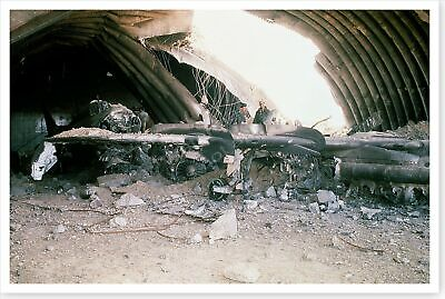 Destroyed Iraqi SU-22 Fighter Bomber Operation Desert Storm 8 x 12 Photo