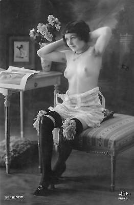 Beautiful nude woman - vintage 1920s RPPC real photo French postcard pinup #X-2