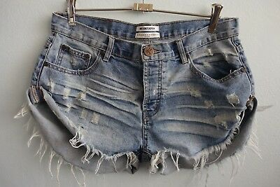 One by One Teaspoon Bandits Frayed Hem Distressed Finish Blue Shorts sz 30