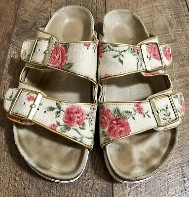 e2a1b126f3b80a Women s Birkenstock  Arizona  Floral Textile Leather Sandals Size 39 US 8   Rare