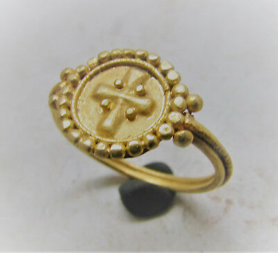 Circa 600-1000Ad Byzantine Era High Ct Gold Crusaders Ring With Cross Motif
