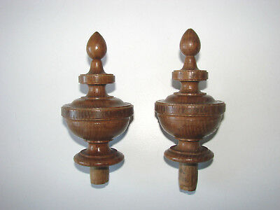 FRENCH ANTIQUES - Pair of wooden finials, hand turned, solid oak -  (n°1)