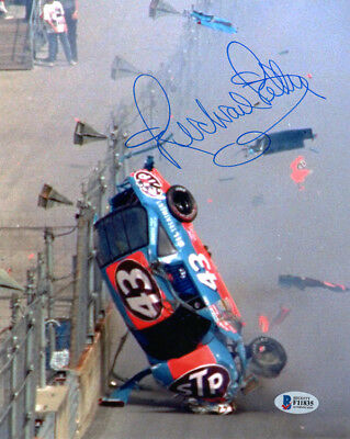 RICHARD PETTY AUTOGRAPHED X Photo From The Ridgely Car Show A - Ridgely car show