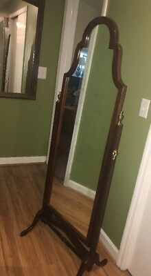 Ethan Allen Georgian Court Cheval Standing Mirror PREOWNED Dressing Mirror