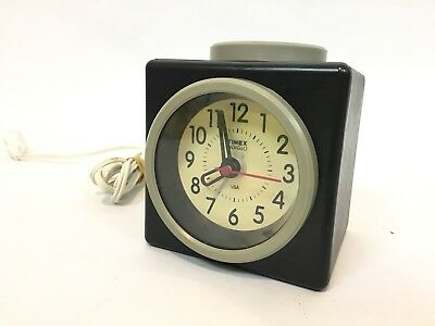 Vintage Timex Indiglo USA Made Button Alarm Clock / Model 80-072
