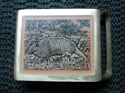 ARMADILLO WOOD INLAID BRASS BELT BUCKLE! VINTAGE! RARE! MASTER WORKS! 1980s! USA