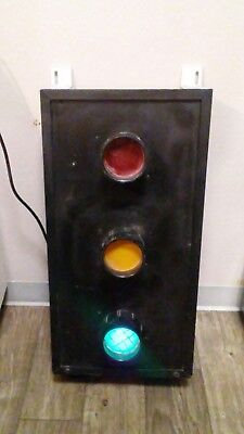 Vintage Real Traffic Green Light Electrified Signal Train Car Sign Advertising