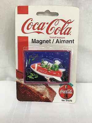 NOS COCA COLA POLAR BEARS REFRIGERATOR MAGNET In Rocket No. 51570