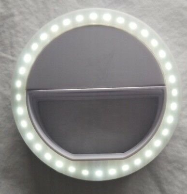 """Mini Diva Ring Light for Phone 3.25"""" Round Use with Samsung; iPhone or other"""
