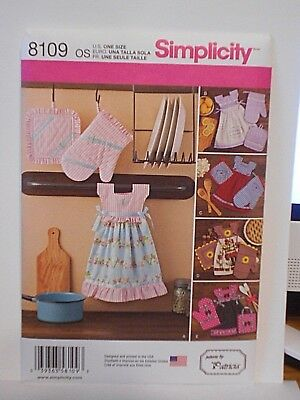 Simplicity Sewing Pattern Towel Dresses Pot Holders Oven Mitts