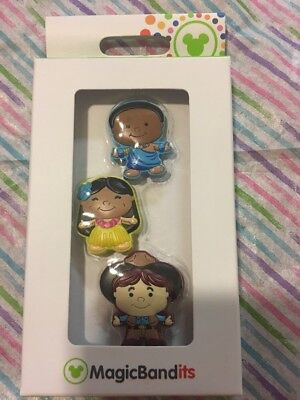 Disney Parks ITS A SMALL WORLD CHARACTER MAGIC BANDITS SET OF 3 NIB