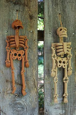 Articulated Clay Skeleton Hand Made Atzompa Mexico Day of the Dead Los Metros
