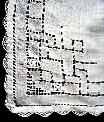Vintage Dainty Drawn Work & Needle Lace Scalloped Edge Linen  Bridal Hanky White