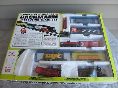 Bachmann Trains CP Rail , CN , Union Pacific N Scale Ready-To-Run Electric Set