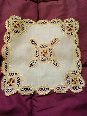"""Gorgeous Silk Society Embroidered and Needle Lace 8"""" Linen Doiley"""