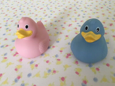 Joblot 500 Pink and 500 Blue x Rubber Ducks for Baby.