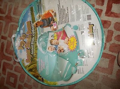 Redmond Beach Baby Pop-Up Shade Super Dome in Turquoise