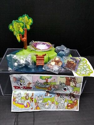 TOM & JERRY Fishing Island Scene Diorama KINDER Surprise Maxi Premium Italy 1998