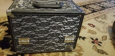 Caboodles Stylist 6-tray Train Case - Black Lace Over Silver With Makeup Brushes