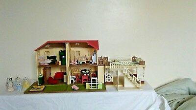 Sylvanian Families Maple Manor, Car Port, Furnished With Family