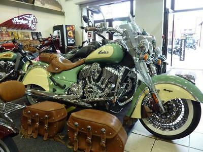 Indian Chief Vintage Two-Tone MINT 6116miles EX SHOWBIKE