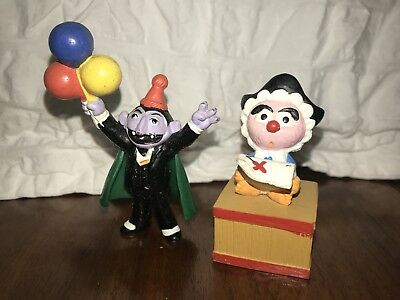 Vtg Applause 1988 Sesame Street Muppet's PVC Figure 14035 The Count Baby Animal