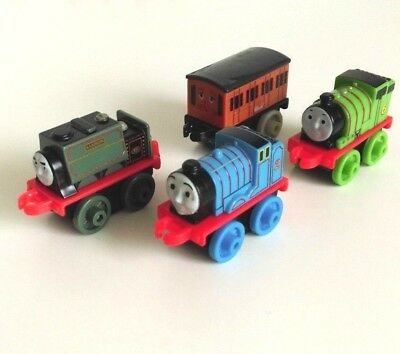 Thomas And Friends Minis X4 Bundle Assorted Engines Set 3