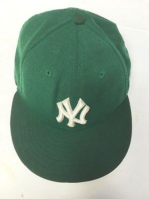 7994f1ae3526c VINTAGE MLB NEW York Yankees 59 50 Fitted Wool Ball Cap Mens 7 1 2 ...