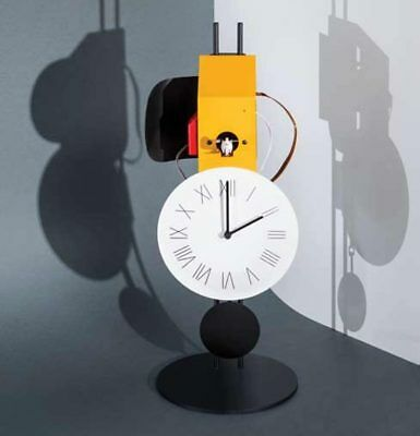 MOMENTO Table cuckoo clock structure of iron rod visible movement