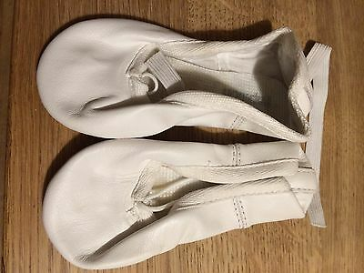White Leather Ballet Dance Yoga Shoes Leather sole. Kids/adults Size 6.5